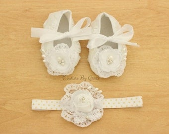 Baby Girl Crib Shoes and Headband Set, Baby Shoes, Christening Shoes, Baptism Shoes, Baby Wedding Shoes, Baby Ivory Shoes, Baby Lace Shoes
