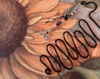Unique, black squiggle wire bookmark with cute bumblebee dangle.  Handmade.