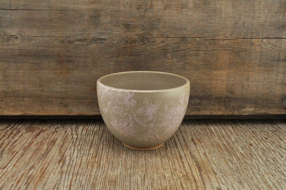 Stoneware coffee bowl with vintage pink flower illustration
