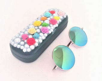 Hippie Sunglasses with Matching Flower Power Sunglasses case. Round Wire Sunglasses