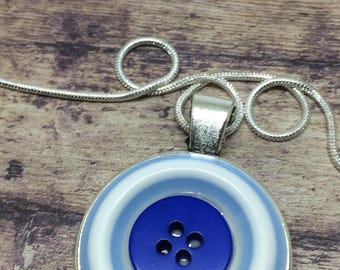 Blue button necklace