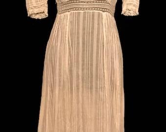 Antique 1880's Ladies Summer Dress                         VG309