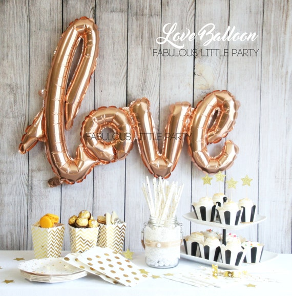 Bridal shower decorations love balloon wedding photo props for Balloon decoration for engagement party