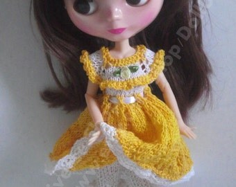 Handknitted set for Blythe/ Azone dolls.