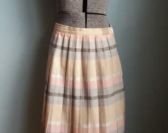 vintage pleated plaid skirt