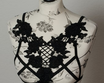 Harness lingerie of lace lace front Cagebra bra black