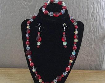 60: Necklace, Bracelet, Earrings Set