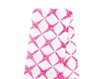 Set of 4 Cotton Dinner Napkins/Crossed Branches in Pink