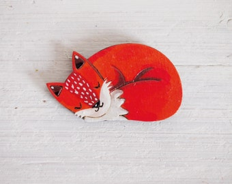 Fox handpainted brooch, wooden pin
