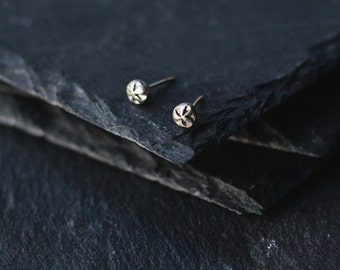 Silver Stud Earrings / Minimal Earrings / Ornament Earrings / Christmas gift