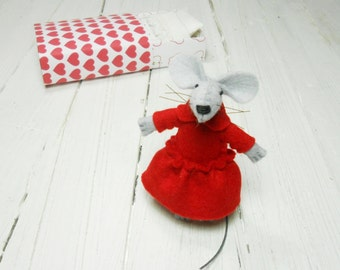 Stuffed mouse Valentine gift for kids Red heart plush mouse felt plush felt miniature animal mouse in a matchbox hand made doll in a box