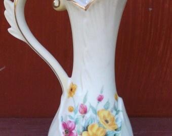 Vintage Lefton  Hand Painted Bud Vase 475