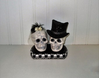 Til Death Do Us Part  Skull Cake Topper