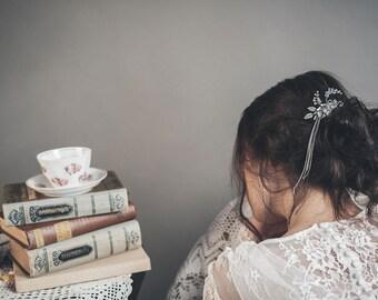 Silver leaf headpiece - Silver leaf comb - Leaf wedding comb - Silver hair comb