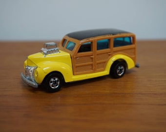 Hot Wheels Toy Car / 40's Woodie