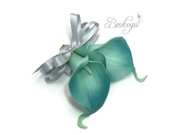 CHOOSE RIBBON COLOR - Teal Calla Lily Corsage, Calla Lily Corsage, Teal Corsage, Mother of the Bride, Groom, Wedding Corsage, Prom, Wrist