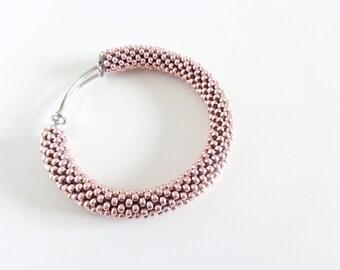 Brass Bracelet // Rose Quartz Bangle Bracelet // Beaded Bracelet // Pink Bracelet // Pastel Bracelet // Crocheted bracelet