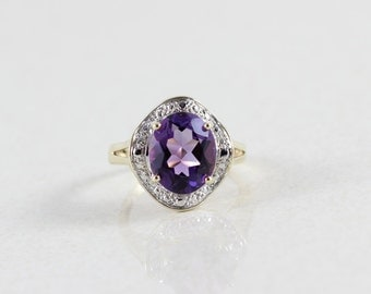 10k Yellow Gold and White Gold Purple Amethyst Ring Size 5 1/4