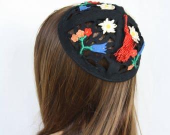 Kippa Yarmulke Jewish Kipa Felt hat Kippot Turkish hat Small hat Flowers pillbox Black felt Pillbox felt hat Tassel hat Skullcap Mini hat