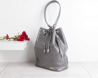 Leather Bucket Bag, Drawstring Bag, Grey Purse, Glossy Grey Leather, Grey Leather Purse, Roomy work bag