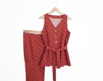 Vintage 70s Groovy Boho Flower Power Tapestry Print Vest and Pant 2 Piece Set Size L
