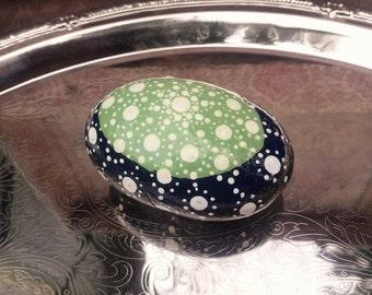 Dotted Stone, Home Decor, Rock Garden, Dotted Art, Dotted Mandala Rock, Painted Rock, Painted Stone, Zen Garden, Small Gift - 00243