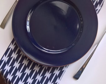 Navy and White Cloth Napkins, Navy Dinner Napkins, Navy Modern Cloth Napkins, Southwestern Napkins, Blue Cloth Napkins, Navy Everyday Napkin