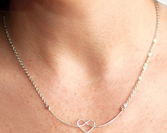 Celtic Heart Knot Necklace, Dainty Necklace, Love Knot Necklace, Celtic Knot Necklace, Engagement Gifts, Silver Heart Necklace Love Necklace