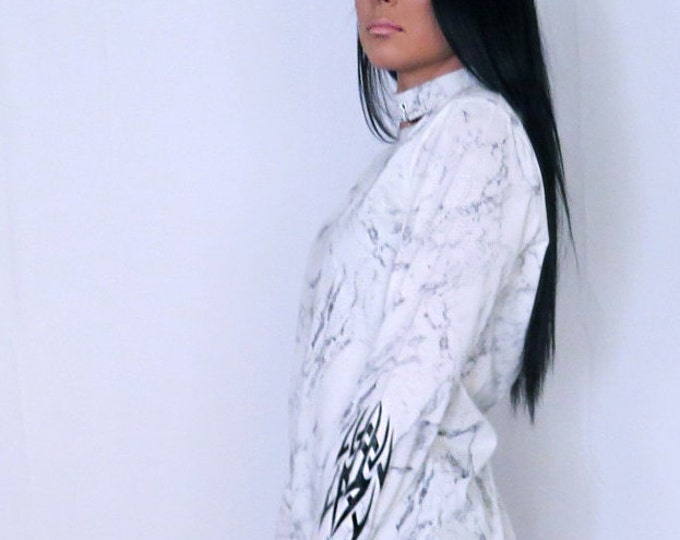 White marble Long sleeve T