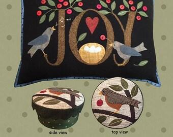 Primitive Folk Art Wool Applique Pattern - Pillow and Box with Lid - Design by Bonnie Sullivan