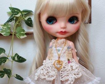 Blythe hand made dress.  2 item set. outfit.