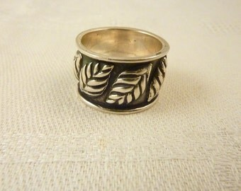 Vintage Sterling Silver Ring Size 5 1/4