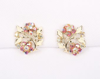 "1960's Coro White Enamel Leaves Pink and Clear Aurora Borealis Flowers on Gold Tone Clip On Earrings, Excellent Cond., 1"" H X 7/8"" W."
