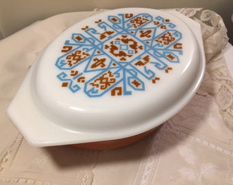 Retro Aztec pyrex 045 lidded casserole dish - 1970's Navajo pattern - turquoise and brown - retro kitchen - hard to find Aztec pattern