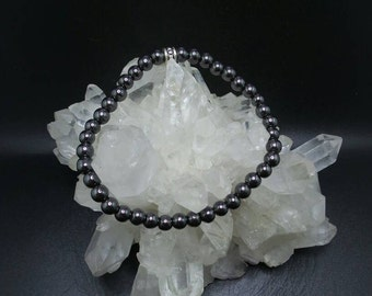 Hematite Beaded Stretch Bracelet.