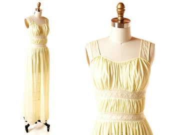 Vintage Yellow Goddess Nightgown / 1950s Sheer Nylon Long Nightgown / Vintage 50s Nightie Lingerie / Munsingwear 32