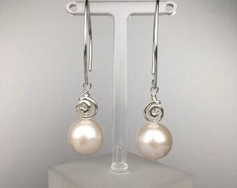 Freshwater pearl Earrings in SterlingSilver