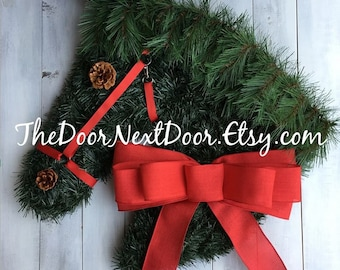 Horse Head Wreath – Equestrian Wreath – Holiday Wreath – Christmas Wreaths - Barn Door Decor – Horse Gifts – Equine Decor