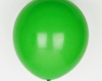 10 green balloons