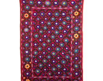 Vintage Suzani , wall hanging, bed cover, throw, from Samarkand , Uzbekistan , id- 586, ships free with ups