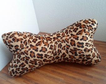 Reading bone pillow brown gepard dots