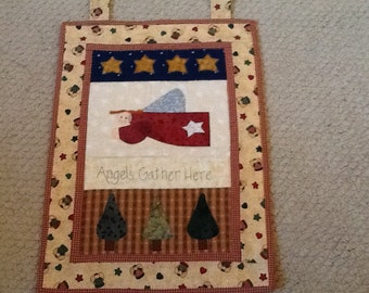 Christmas Angel wallhanging, fusible applique and hand quilting