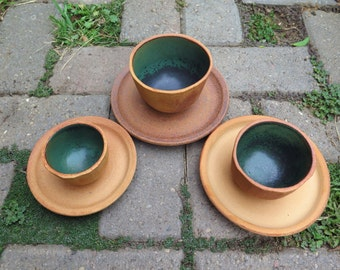 Four Barrel Design Cappuccino Cup and Saucers in Metallic Green