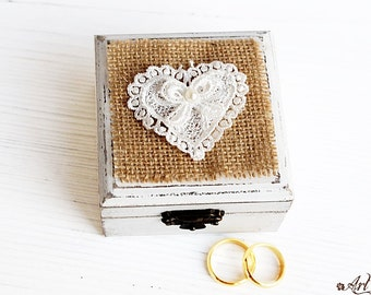 White Ring Bearer Box, Love box Burlap Wedding Ring Box Pillow Alternative Box heart Wedding Boxes, Ring holder Weding Box tulle lace pearls