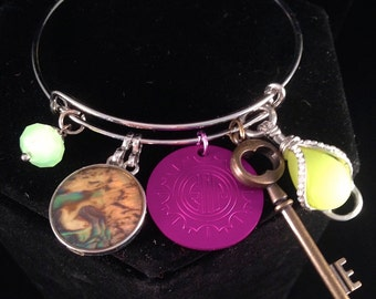 Charm-ing Bangle Bracelet with Key and Energy Disk