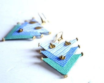 Statement earrings, fiber earrings, fabric earrings, brass earrings, triangle, gift for her, unique piece, design earrings, textile jewelry