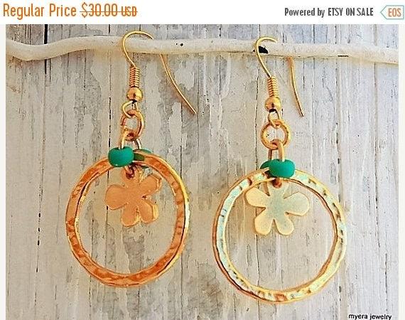 Free Shipping - Golden Flower Earrings, Flower Drop Earrings, Flower Dangle Earrings, Small Golden Earrings, Statement Earrings, Gold Flower