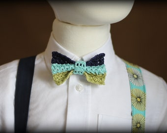 Blue bow tie and suspenders for kids.  Ring bearer's outfit, Boys Easter clothes, Blue bow tie. Blue suspenders. Baby boy's bow tie set.