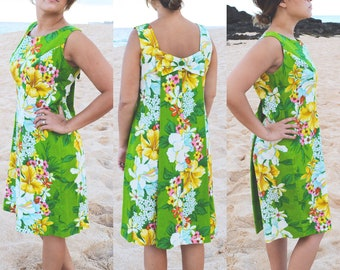 60s Vintage, Hawaiian Print Dress // 1960s Retro, Tropical, Green Floral, Bow, Women Size Large