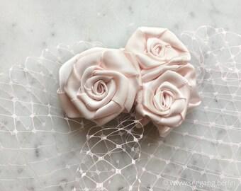 Bridal Light Pink White Roses Veil